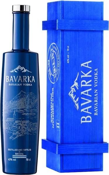 Bavarka Vodka in Holzkiste